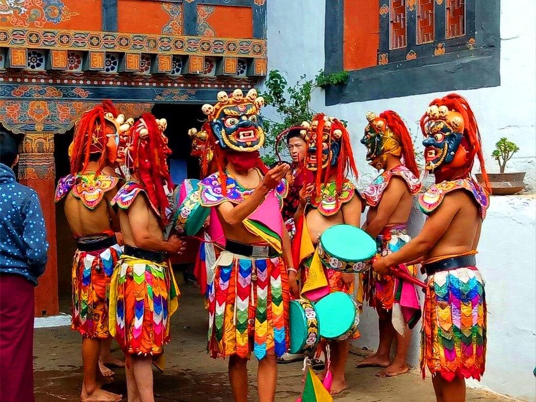 Von Paro nach Bumthang – Die Festivals und Kultur Bhutans erleben
