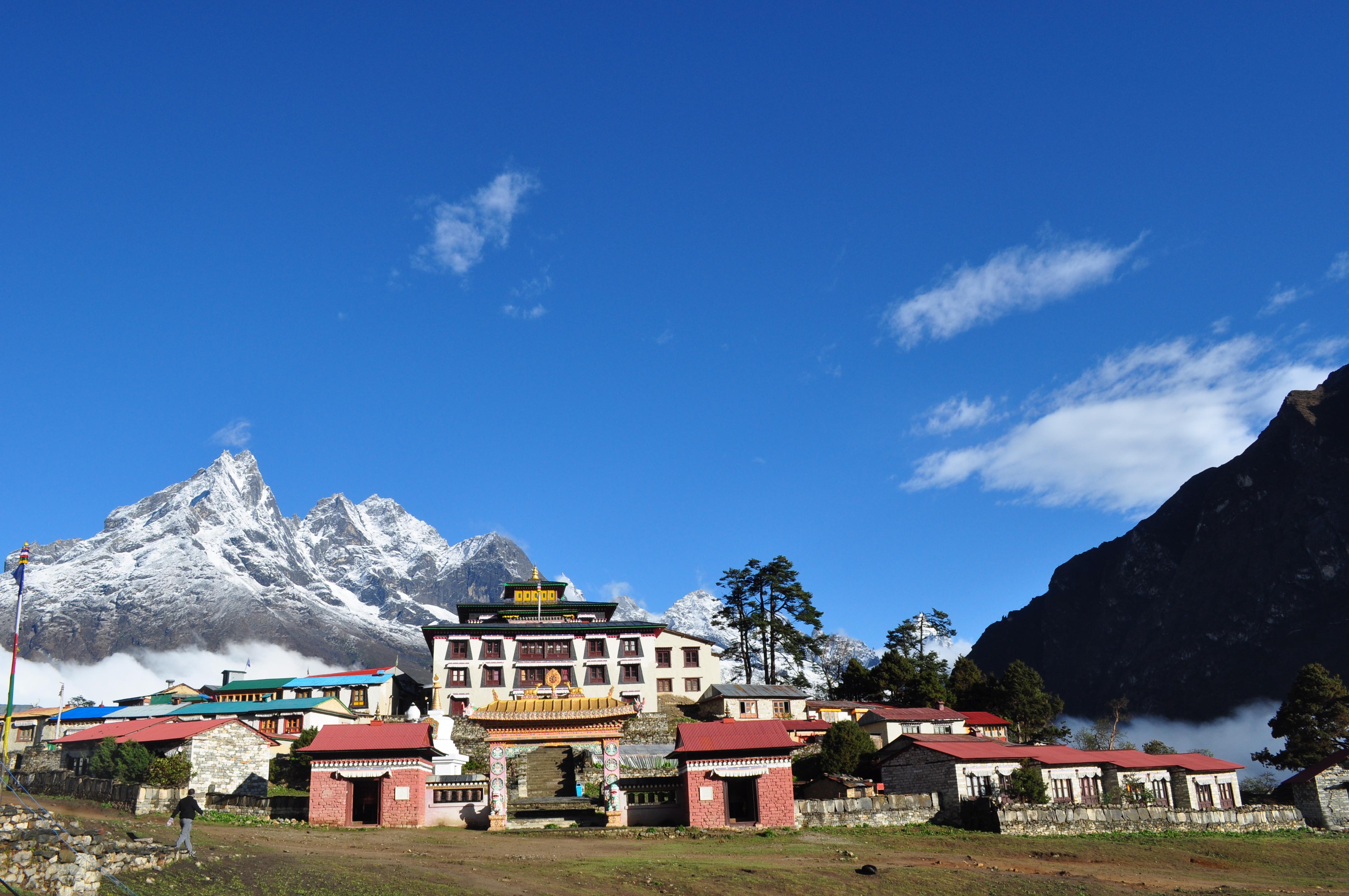 Amadablam Base Camp Trek Kloster Tengboche (25)
